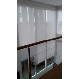 cortina rolô transparente