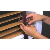 empresa de manutenção de persianas de madeira Bela Cintra